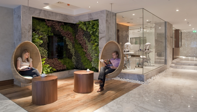 No.1 Traveller Heathrow Lounge
